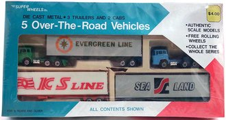 "Super Wheels Boxed Set - 2 Cabover Semis w/3 Trailers ""Evergreen Line, Sea Land & S Line"""