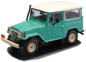 1967 Toyota Land Cruiser FJ40 Type (Light Green/Beige)