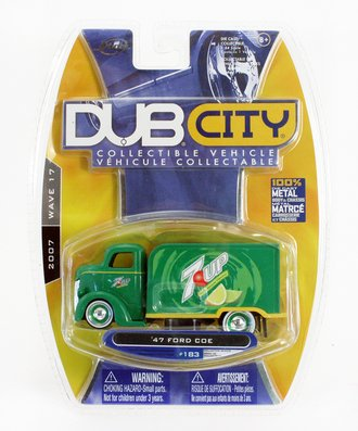 """Dub City '47 Ford COE """"7-UP"""" (Green)"""
