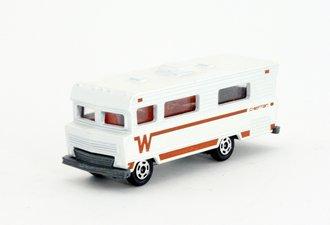 Winnebago Chieftain Motor Home (White/Brown)