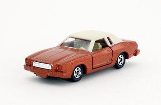 Ford Mustang II Ghia (Copper/Cream) *** VHTF ***
