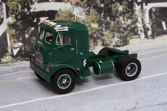 Mack Model H-67 COE Tractor (Green)
