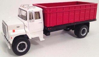 Ford L9000 Grain Truck (Wimbledon White/Rangoon Red)