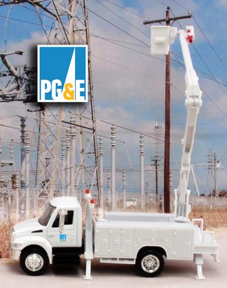 "1:43 International Bucket Truck ""Pacific Gas & Electric"""