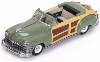 1:43 1947 Chrysler Town & Country (Heather Green)