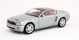2004 Ford Mustang GT (Silver)