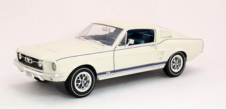 Ford Mustang (Cream)