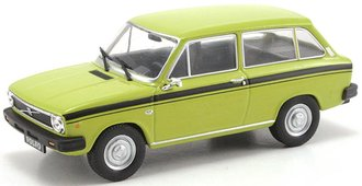 1975 Volvo 66 Station Wagon (Light Green)