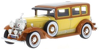1:43 1930 Cadillac V16 LWB Imperial Sedan (Yellow/Brown)