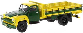 1:43 1958 Chevy C 6500 Farm Truck (Yellow/Green)