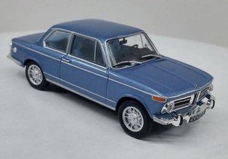 1:43 1968 BMW 2002 ti (Blue Metallic)