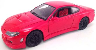 1:24 Nissan S-15 (Red)