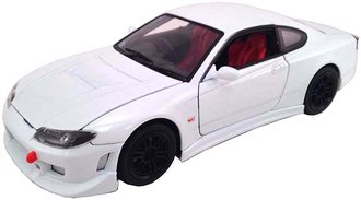 1:24 Nissan S-15 (White)