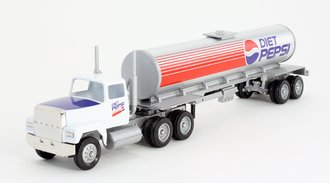 """Ford 9000 Day Cab w/Cylindrical Tanker Trailer """"Diet Pepsi"""""""