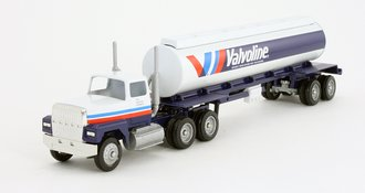 """Ford 9000 Day Cab w/Cylindrical Tanker Trailer """"Valvoline"""""""