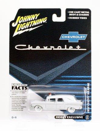 White Lightning 1:64 1957 Chevrolet Hearse