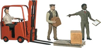 O Workers (4) w/Forklift (1)