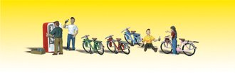O Bicycle Buddies (4) w/Soda Machine (1)