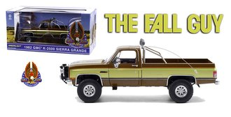 Fall Guy 1982 GMC K-2500 Sierra Grande Wideside *** Paint Blemish & Broken Pieces ***