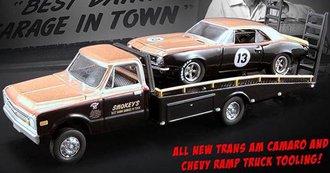 Smokey Yunick's Chevy C-10 Ramp Truck w/1967 Trans Am Camaro *** Bad Chasssis***