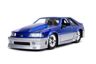1:24 1989 Ford Mustang GT (Candy Blue) ***Box Damage***