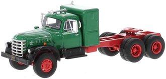 1955 Diamond T 921 Sleeper Cab (Green/Black) *** Broken and Missing Pieces ***