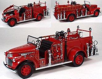 1941 GMC Fire Pumper (Red)