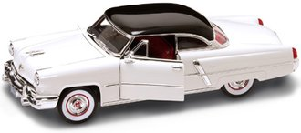 1953 Lincoln Capri (White)
