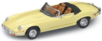 1:43 1971 Jaguar E-Type Convertible (Yellow)