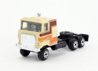 Mack COE Tractor (Tan)