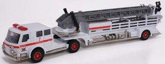 "1:50 American LaFrance Fire Ladder Truck ""Denver"""