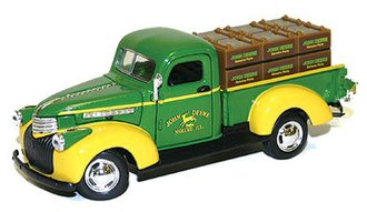 John Deere 1941 Chevy Pickup w/Crates