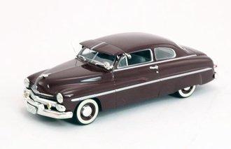 1950 Mercury Monterey 2-Door Coupe w/Visor (Maroon)